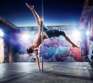 Pole Dance в студии танцев